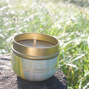 Joy in the air - Pure beeswax hand poured candle (essential oil scented)