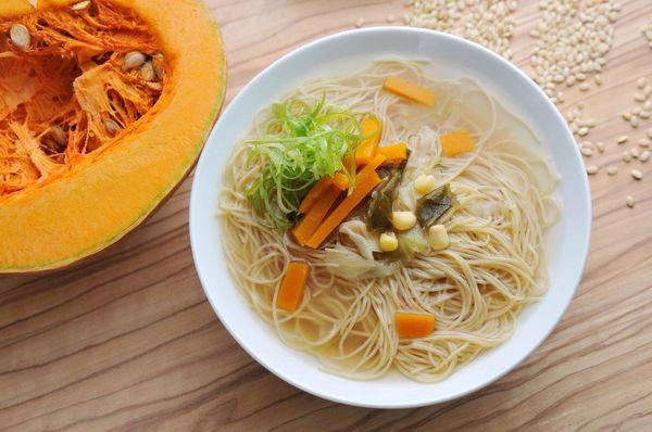 台灣 即食 有機南瓜糙米米粉(煮3分鐘即可享用!)(1包有4個) 200g