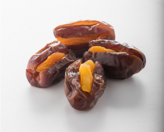 Dates with Apricot Snack (Family Pack )